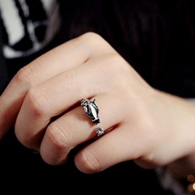 Women's Fashion Good luck Crystal Open Ring Elegant Trendy Animal Horse Head Ring For Women Fashion Jewelry 1PCS 5