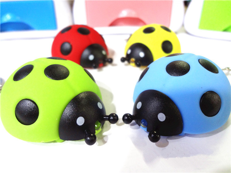 Ladybird Style Light LED Keychain with Sound Flashlight Keyrings Animal Keychain Gift for Kids Free Shipping robot style keychain w white led light sound effect black 3 x ag10