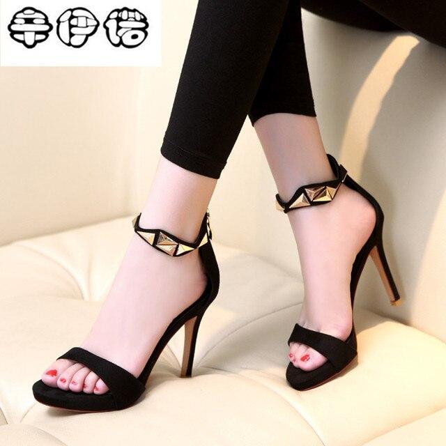ed558811c5f 2018 mujeres de la marca Sandalias sexy tacón alto Sandalias hebilla Correa calzado  para mujer peep