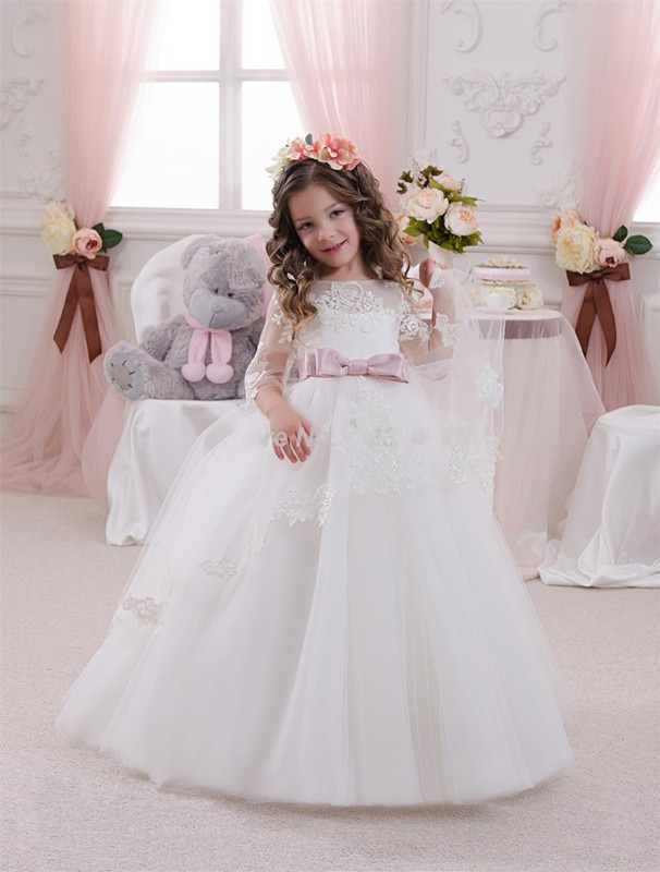 купить 2017 New Ivory White Appliques Tulle Sash Flower Girl Dresses Long Sleeves Ball Gown Girls First Communion Dresses онлайн