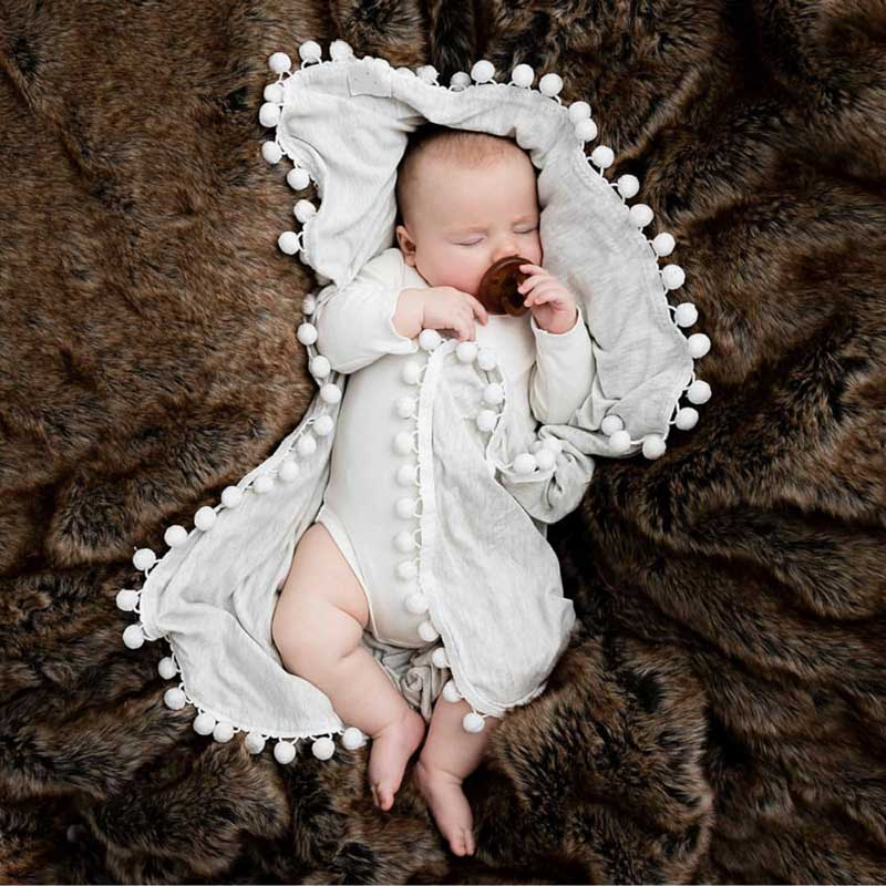 High Quality Blanket Baby Cotton Pompom Side Blanket With High Quality Comfortable For Kids Comfortable For Baby