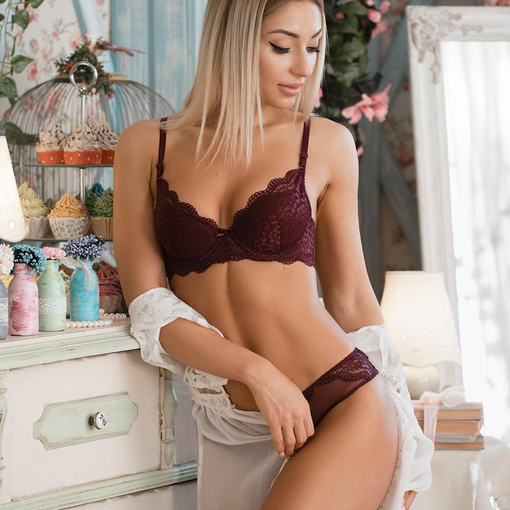 036c99deb8 ... 2019 caliente push up bra conjunto ropa interior Mujer ropa interior la cobertura  completa encaje cómodo aros relleno sujetador bragas conjunto de damas