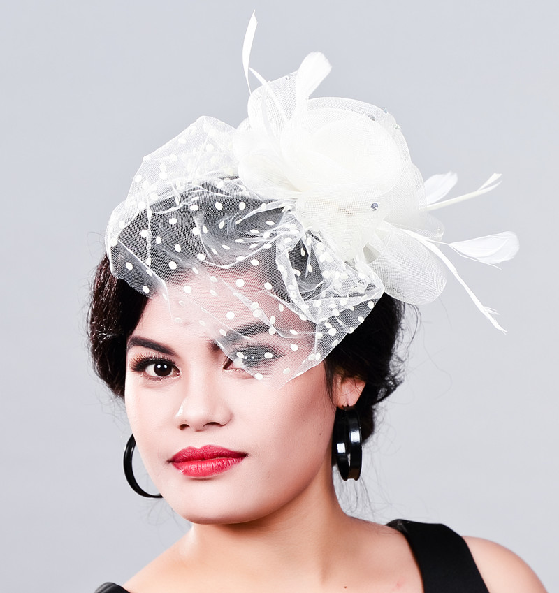 Women Fancy Feather Fascinator Hats Black Birdcage Veil Wedding Hats and Fascinators White Net Hair Accessories for Bridal Woman