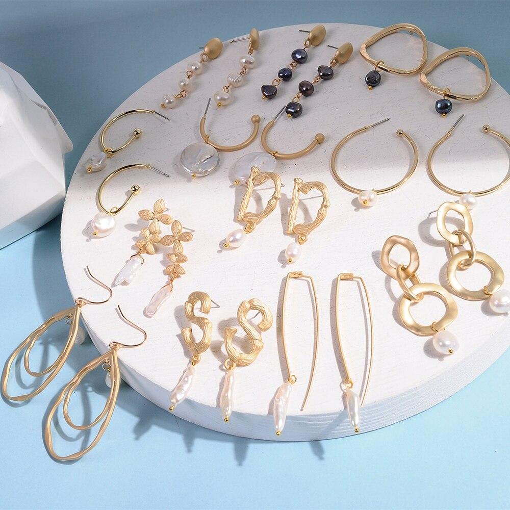 Korea Design Baroque Style Metal Gold Geometric Irregular Circle Square Natural Freshwater Pearl Stud Earrings for Women Gifts