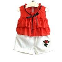 בנות בגדי קיץ 2017 בגדי ילדים חדשים ללא שרוולים אדום orange t חולצה + מכנסיים קצרים בנות רקמה פרחונית בגדי החוף