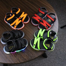 Hot Summer Kids Shoes Sandals Toddler With Led Children Light Colorful Alexandr Mcqueen Trainers Unicorn Lassie