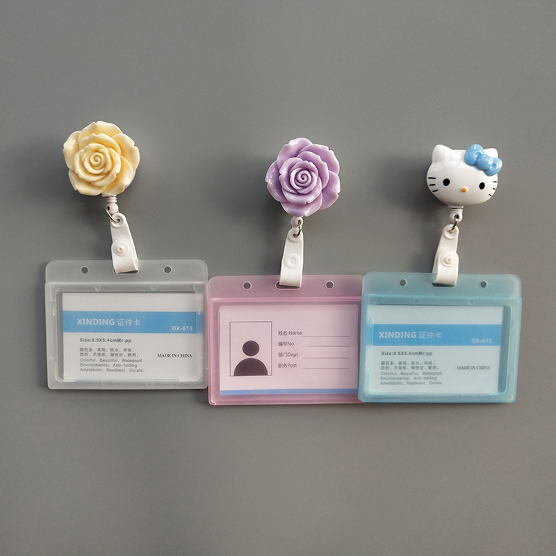2019 New Resin Rose Flower Cat Student Nurse Retractable Badge Reel Pull ID Card Badge Scrub Holder Belt Clip Hospital School