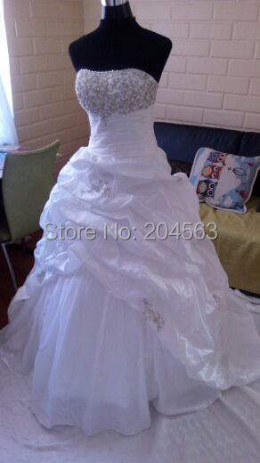 Cheap Taffeta A Line In Stock Wedding Dresses Hot Sale Bridal Gown With Appliques and Beads