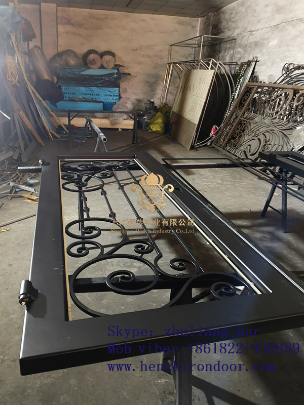 Hench 100% Custom Made Iron Doors Hc-irondoors-1