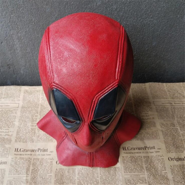 Косплей маска Дэдпул 3