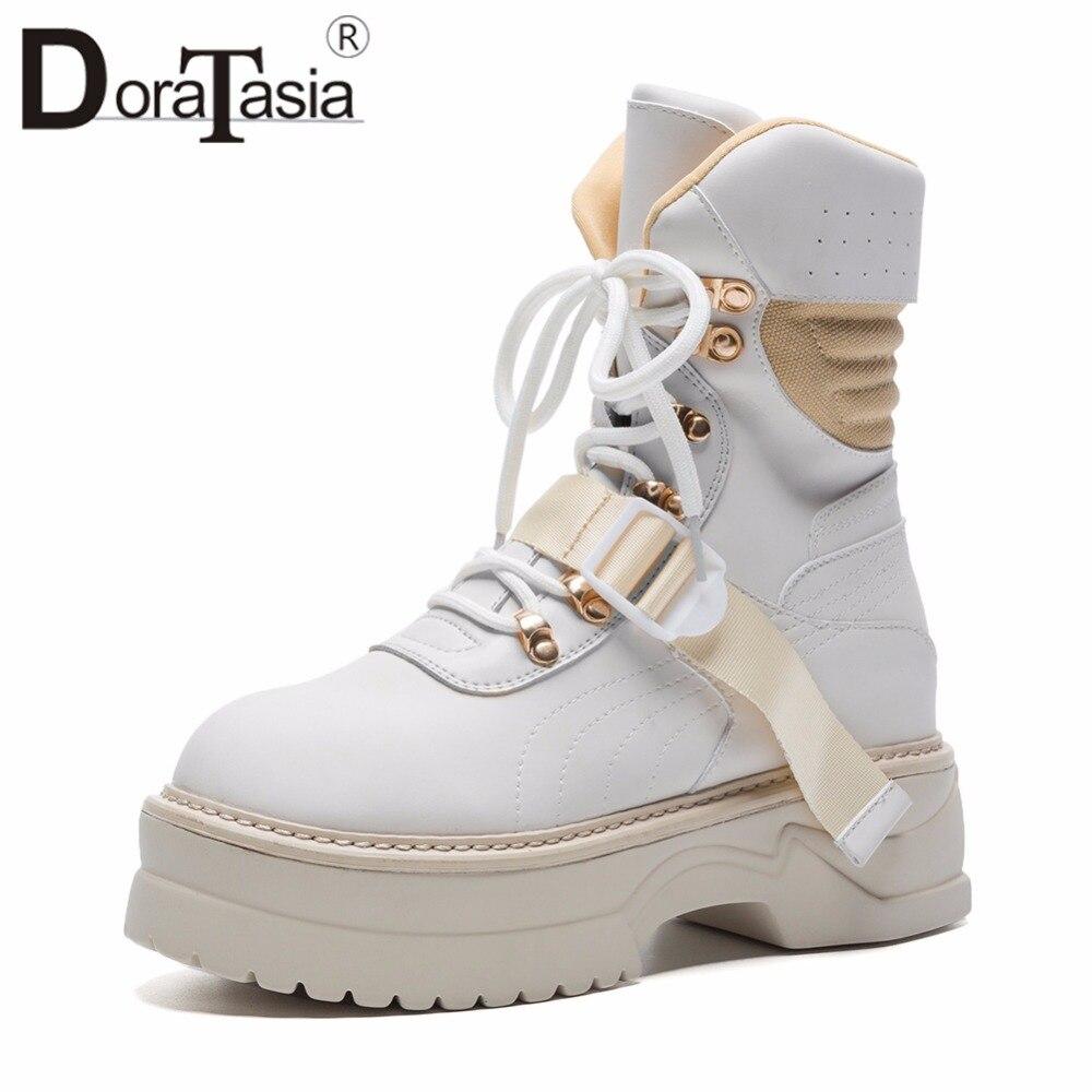 DoraTasia 2019 الخريف كبير حجم 35 42 العلامة التجارية تصميم بارد منصة حذاء من الجلد النساء الخياطة الدانتيل متابعة فتاة حذاء مسطح امرأة-في أحذية الكاحل من أحذية على  مجموعة 1