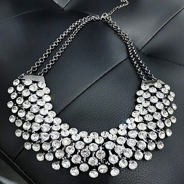 Trendy-Crystal-Statement-Necklaces-Pendants