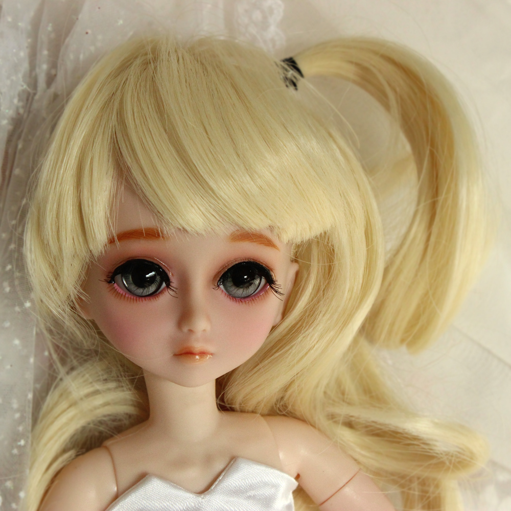 ФОТО Free shipping1/6The latest Change the makeup Style Super cute doll 12inch BJD SD doll 30cm with replaceable gesture and Clothes