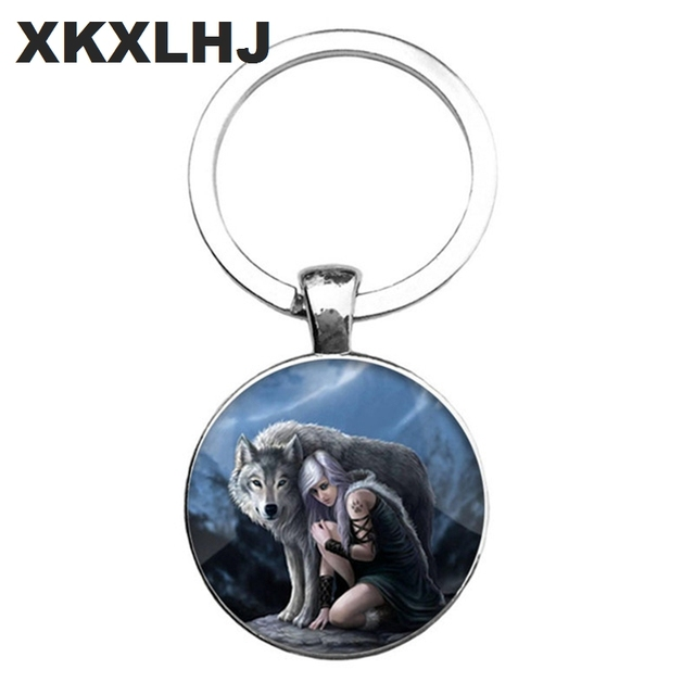 HOT! Trendy Nordic Wiccan Wolf Keychain Kovelty Animal Cool Wolf Key chain Holder Gifts For Men Keyring Jewelry 3