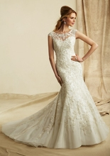 2014 New Arrival Mermaid Embroidered Appliques Beaded Illusion Neckline Wedding Dresses wedding&events Open Back Bridal Dress