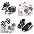4 Estilos de Moda de LA PU de Cuero de Lunares Franja Primer Caminante Del Bebé Infant Toddler Bebé Recién Nacido Mocasines Soft Moccs Zapatos Calzado