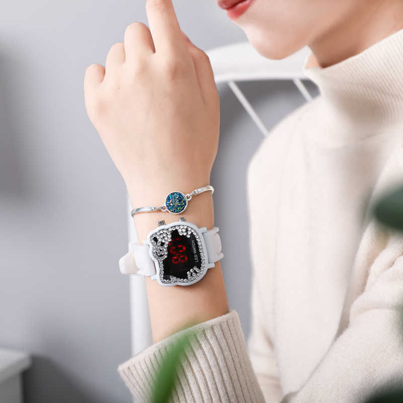 Olá Kitty crianças Relógios Dos Desenhos Animados Das Meninas do Miúdo do Mosaico de Cristal de Diamante Pulseira de Silicone Crianças Relógio de Pulso LED Relógios Digitais