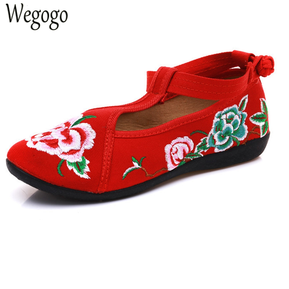 Chinese Wedding Women Flats Canvas Floral Embroidered Shoes Cotton Fabric Ballets For Ladies Spring Shoes Woman Sapato Feminino vintage women flats chinese fashion beads embroidered casual canvas shoes slip on shoes for woman white shoes