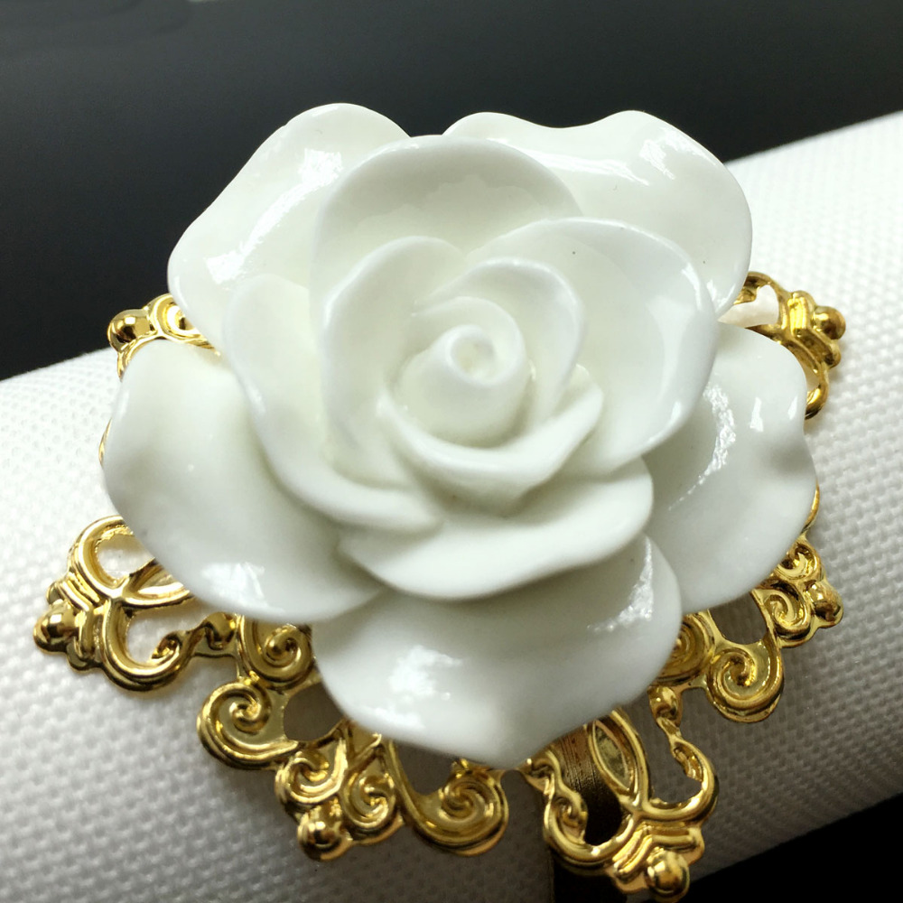 25pcs/lot White Color colors Rose Flower Decor Gold Napkin Rings Holder Hoops Romantic Weeding Party Table Decoration