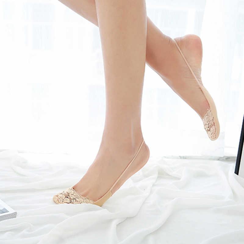Bir Çift Antiskid Tekne Çorap Nefes Yarım Ayak Çorap Kadın Pamuk Görünmez Sling No Show Düşük Kesim Kısa Çorap terlik