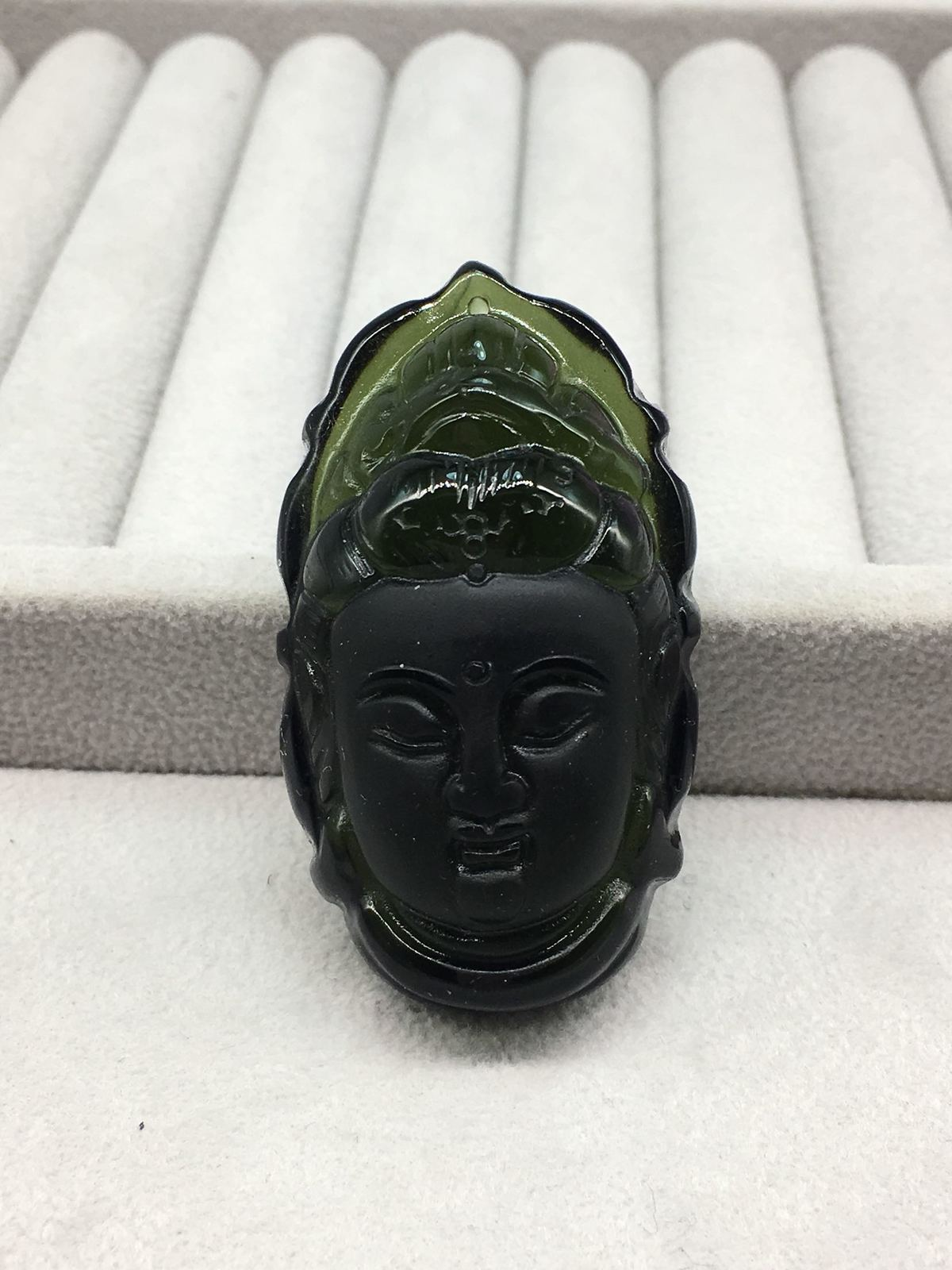 Quality Goods Natural Czekh Maitreya Buddha Head Pendant Bracelet Protect Safety Green Meteorite Pendant mysterious green head heart bracelet