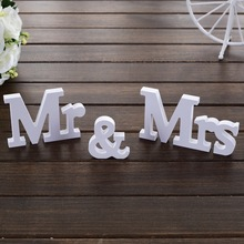 3 PCs Set Mr And Mrs White Wood Plastic Letters Wedding Sign