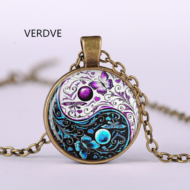 VERDVE 3 / COLOR NEW TAIWAN Butterfly Glass Corolla Pendant Vintage Jewelry Silver Chain Necklace Woman Man The Best Gift