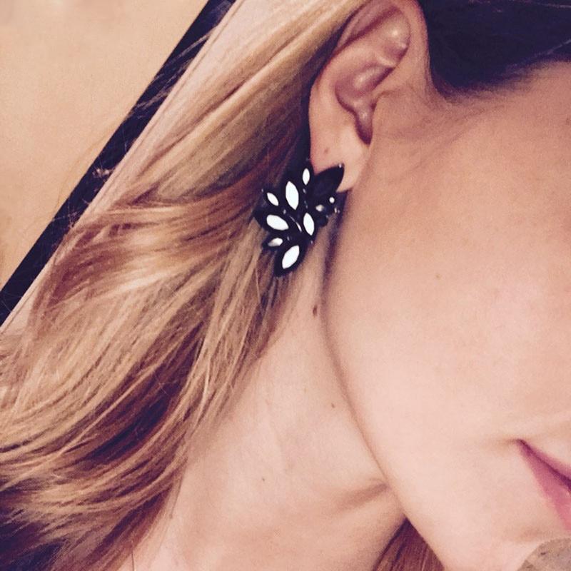 Dvacaman Brand 2017 Hotsale Stud Earrings Women Za Crystal Statement Earrings Jewelry Bijoux Femme Birthday Gifts Wholesale DD14
