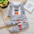 Primavera 2015 venda quente roupas de bebê menino definir ocasional algodão longo-sleeved T-shirt + Calças terno do gato impressão Infantil Definir frete grátis