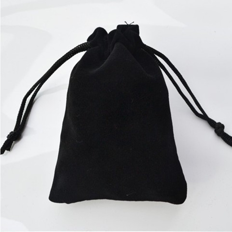 2019 Hot Free Shipping 7*9cm High-grade Black Velvet Bag Jewelry Bags / Jewelry Box Wholesale