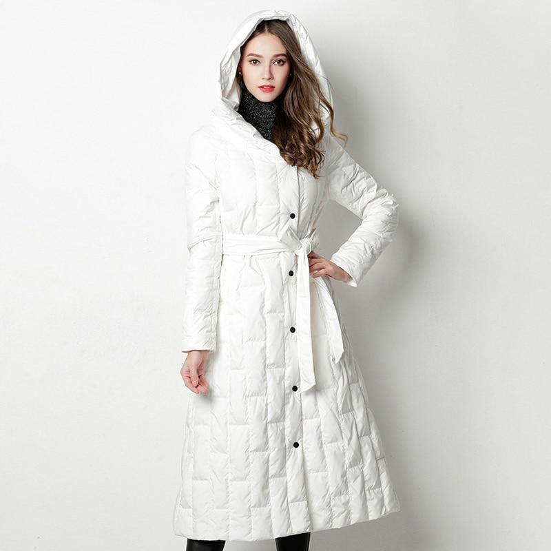 De Ao795 Elegante Chaqueta Blanco Mujeres Sola Con Negro Pato Las Invierno  Abrigo Largo Nuevo blanco Fajas Abajo Mujer rojo ... dada62d334c4