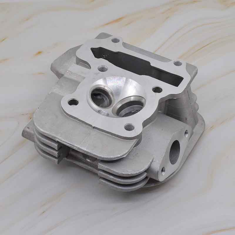 Motorcycle Cylinder Head for Honda SPACY 100 SCR100 SCR 100