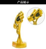 2016 Футбол вратарь золотые перчатки награды Кубка мира Лучший вратарь Трофи Модель 1:1 Смола Модель Лучший вратарь 20 см