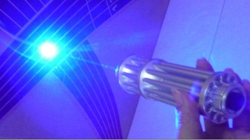 Mais poderoso 450nm luz azul ponteiro laser