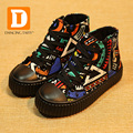 2017 Kids Shoes Brand Canvas Girls Shoes Fashion Graffiti Boys Sneakers Children Shoes Casual Sport Shoes For Boys Girls
