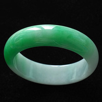 Ice kinds of natural Burma stone bracelet Yang green stone bracelet green bracelet the identification certificate of gifts/box