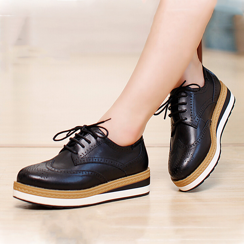 New Spring Autumn Winter Genuine Leather Thick Heel Flat Platform Womens Oxfords Shoes Lacing Brogue Carved WoMen Flats Shoes