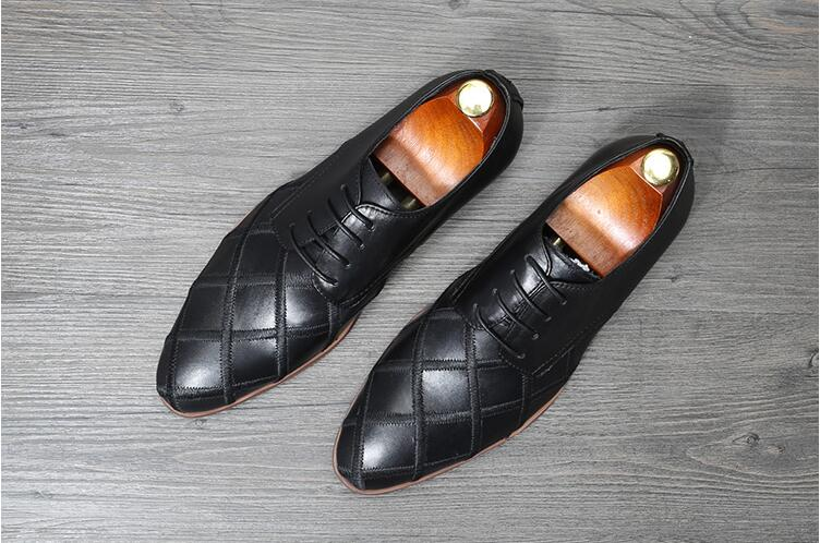 Lace-Up Men's Dress Oxfords Male Smart Casual Genuine Leather Pointed Toes Soft Diamond-type Lattice Men Low Heel Dress Shoes