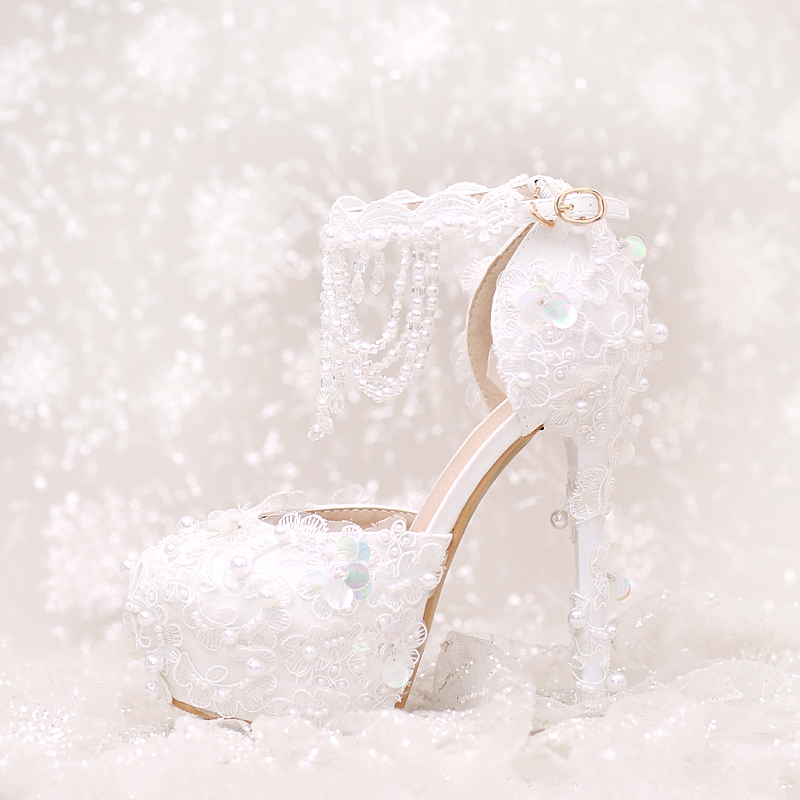 ФОТО 2017 Sweet Lace Flower Rhinestone BRIDE Shoes Ultra Fine with Crystal High-heeled Shoes and Sandals Shoes Red Wedding Wristbands