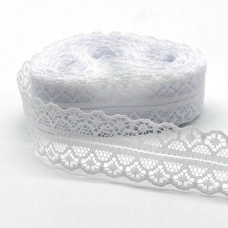 Di alta Qualità 10 Yards Bianco Nastro di Pizzo Nastro di Larghezza di 28 MILLIMETRI Trim Tessuto FAI DA TE Ricamato Per La Decorazione di Cucito Africano Del Merletto tessuto