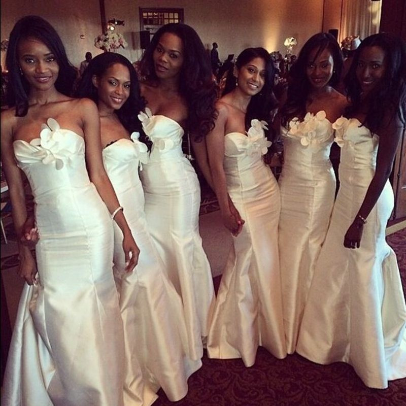 African Elegant White Satin Mermaid Bridesmaids Dresses