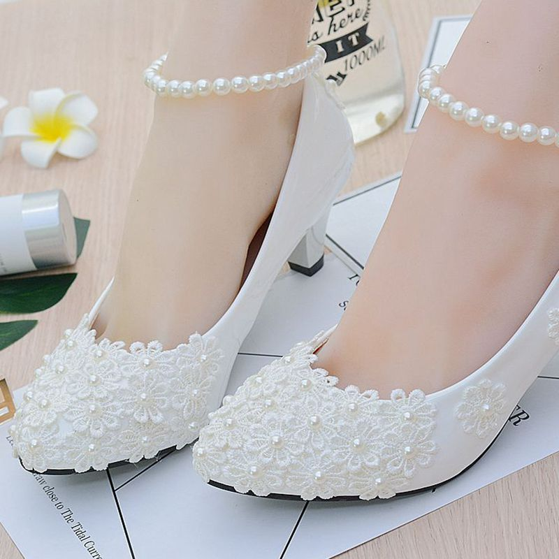 3cm/4.5cm/8.5cm HEEL woman wedding shoes european fashion ivory lace flowers pearls brides wedding shoes party brides shoes ivory fashion lace flowers flat heel wedding shoes woman pearls ankle beading beaded anklet sweet flower girls bridesmaid shoes