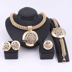 Image 4 - האחרון יוקרה גדול דובאי כסף מצופה תכשיטי סטי אופנה ניגרי חרוזים אפריקאים תלבושות שרשרת צמיד עגיל טבעת