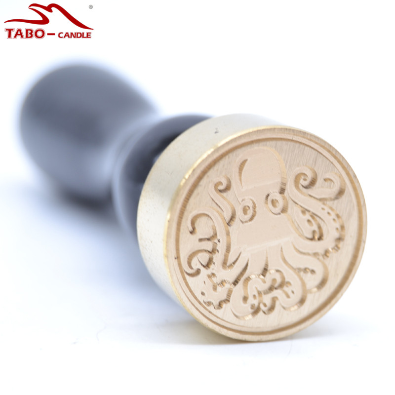 The Sea Octopus Seal Wax Round Stamp Diameter 25mm Copper Head with Classic Wood Handle lucky john round head 25 0 005 0