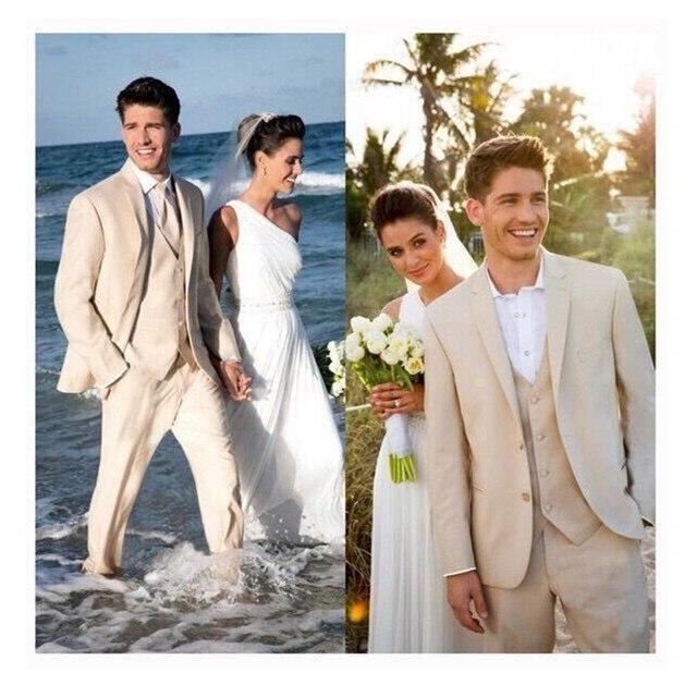 ropa de novio para boda en la playa