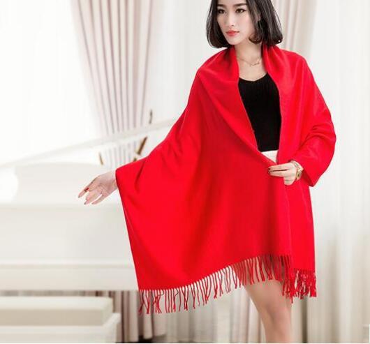 Новый китайский красный Вышивка теплый большой платок диких Биб ежегодном собрании Разнообразие материал настройки