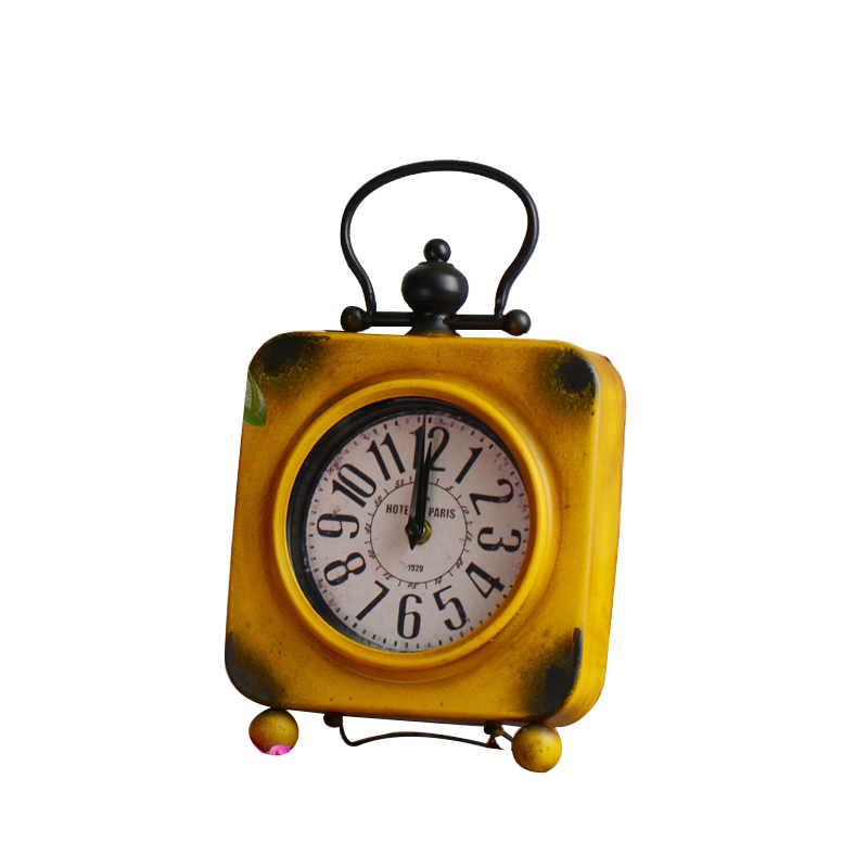 Home Decoration Mute Table Clock Handicraft Vintage Alarm Clock European Style Retro Wrought Iron Craft Table Clock