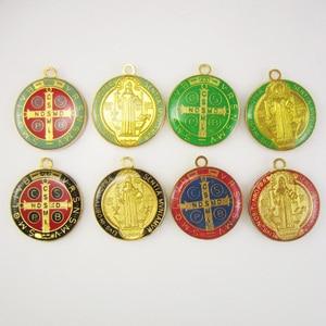 Image 4 - 50 יחידות של מגוון אפוקסי 1 inch המדליה בנדיקטוס הקדוש העגול תליון