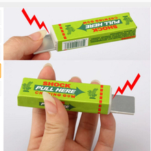 Shocking Toy Gadget Gag Trick Pull-Head Joke Chewing-Gum Gift Prank Funny
