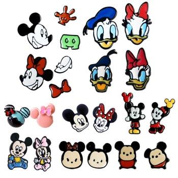 d30b359777f2 1 par de dibujos animados Mickey Minnie pendientes Pato Donald Cosplay  pendiente niñas regalos de cumpleaños encantadores accesorios de esmalte